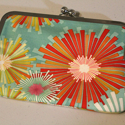 Glue-In Metal Frame Purse